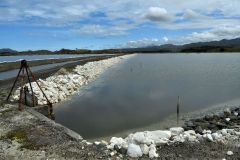 lake_grassmere_evaporation_ponds_02