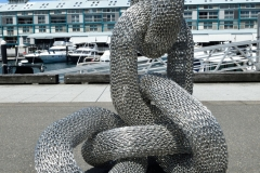 sculpture_on_the_finger_warf_03